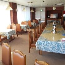 *[レストラン]夕食は18:00~20:00/朝食は6:30~ 8:30です。