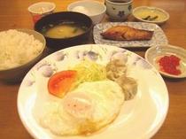 朝食の一例 02