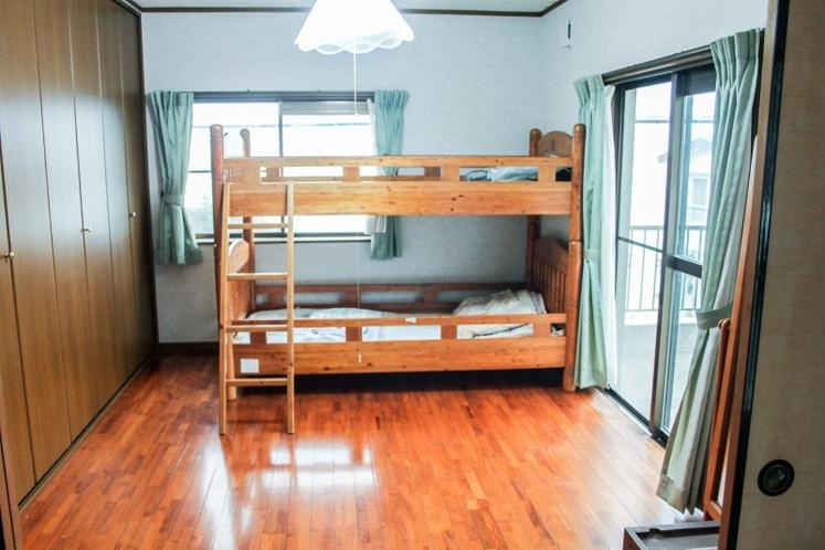 寝室2段ベッド