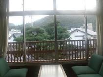 2F山景色