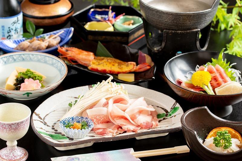 【夕食】美肌の湯で食べる信州豚の温泉しゃぶしゃぶ