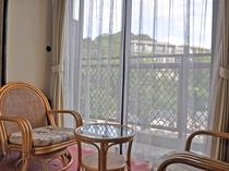 【和室6畳】石川の景色をご覧いただけます。