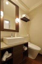 シャワールーム 独立洗面台