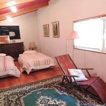*ベッドルーム 大人数でお越しでもプライベートな空間が保てます。
