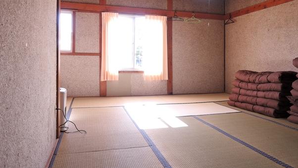 八ヶ岳(和室8畳+12畳)(4-8名)