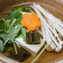 *【朝食一例】湯豆腐