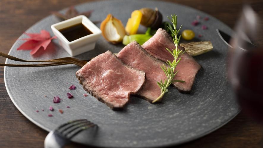 21秋_メイン牛もも肉