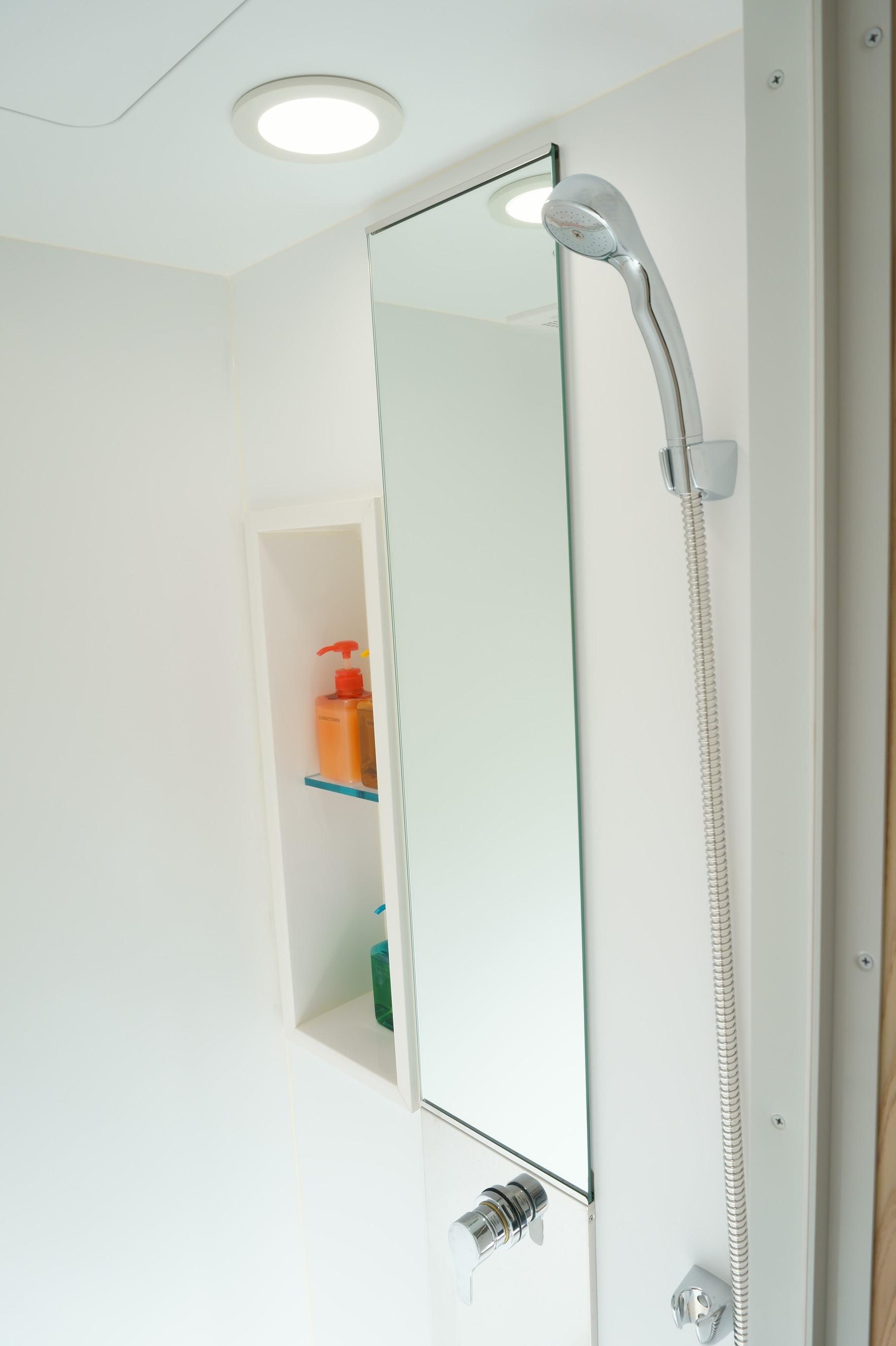 2人部屋 シャワーブース