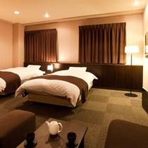 2004-room-20100623-2-2