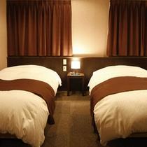 【楽天】上層階ツインルーム ベッド幅110×195(禁煙)28平米