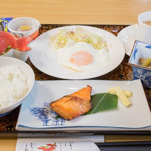 *【朝食一例】身体に優しい「和定食」をご用意致します。