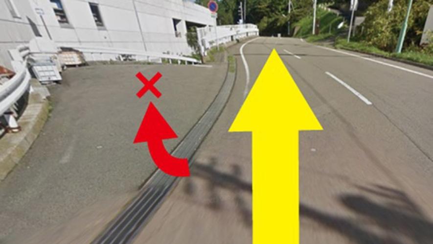 ・駐車場への道案内③