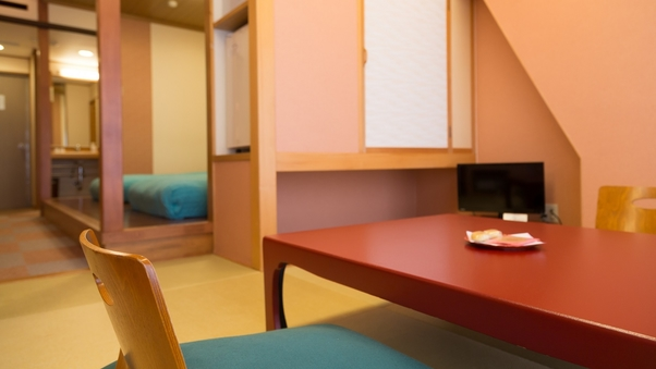 【禁煙】和洋室客室★ツインベッド+和室4.5畳