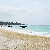 *[ゴリラチョップ]穏やかで素朴な天然ビーチ