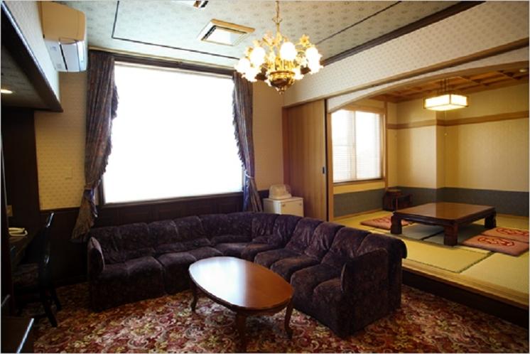 特別室(寝室+和室10畳+リビング)2~6名様