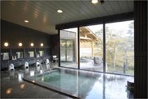 温泉 内風呂(男女各1)入浴時間午前5時から午後11時