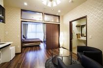 プレミアムルームは広々38㎡!エクストラベッドでご家族皆様での宿泊も可能です。