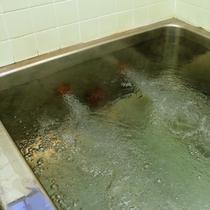 お風呂ー温泉ではありませんが、ゆっくり入ることができます