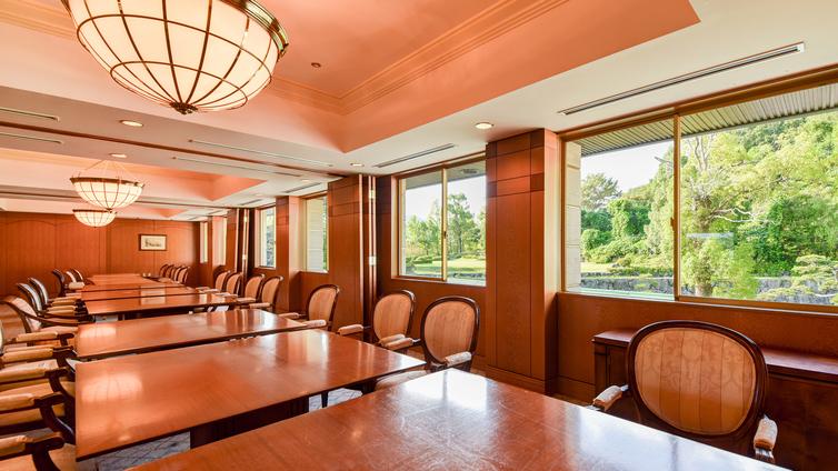 *クラブハウスレストランコンペルーム/グループでお集りの際にご利用頂けます。
