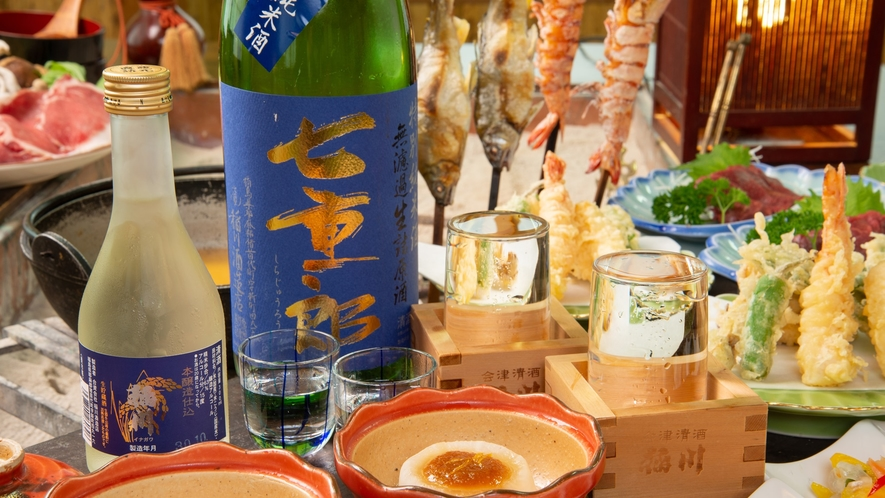 *地酒/猪苗代町で造られる稲川酒造の「七重郎」。すっきりとした飲み口は冷やがおすすめ。