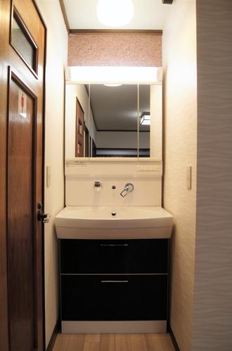 2階:洗面所