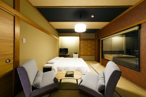 SUPERIOR 温泉展望風呂付和室10畳 キング 30平米