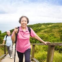ウェルネスウォーキング:大自然の中を歩いて楽しみながら健康増進!(有料:ガイド付)