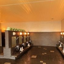 大浴場:広々と使える洗い場