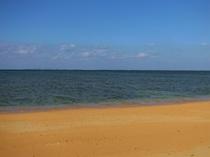 具志堅 近くの海浜