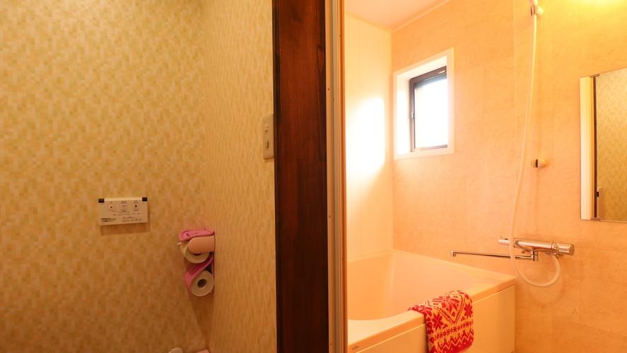 【客室一例】室内のお風呂で、旅の疲れをリフレッシュ!