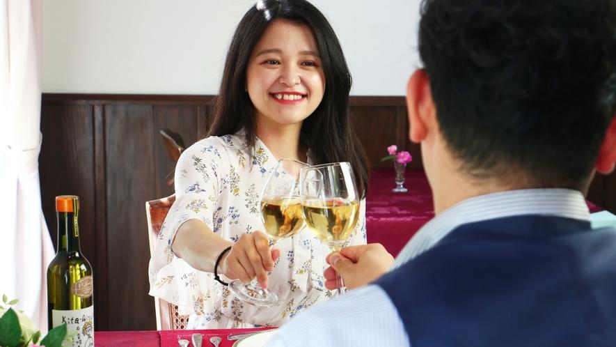 【ダイニング】ディナーのお供はやっぱりワイン!多種あるワインの中からあなたのお好みを見つけてみては?