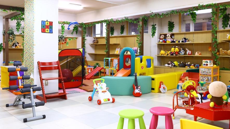 ■小さなお子様が遊べるキッズスペースがございます