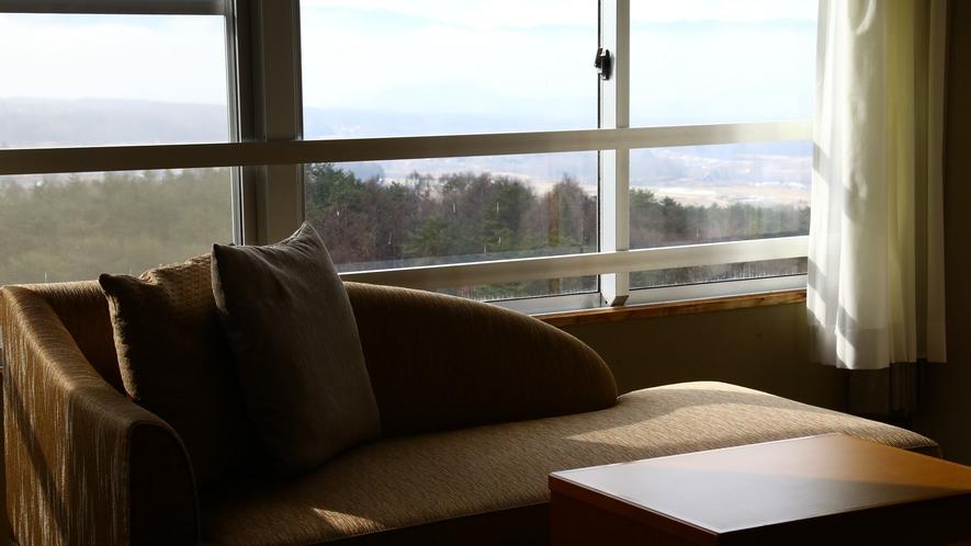■晴れた日の窓からは蓼科の大自然を望むことができます