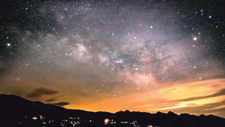 【周辺】女の神展望台より。夕暮れ時の神秘的な景色