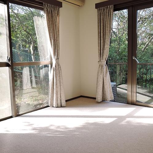 *【洋室】メゾネットタイプの別邸には、LDK、和室、洋室、ベッドルームがございます。