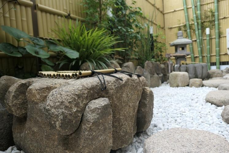 ホテル内にある!日本庭園を眺めて心和む♪1