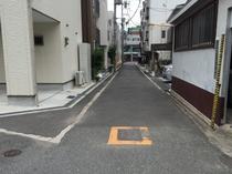 8.次の曲がり角を右手へ進みます。正面に松屋町筋が見えてきます。