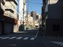 6.直進すると松屋町筋が見えてきます。