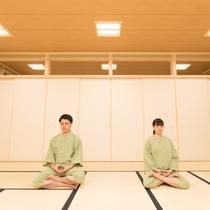 坐禅体験<僧侶の指導>