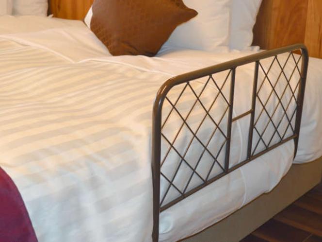 ベッドガードの無料貸し出しございます(数に限りがございます)