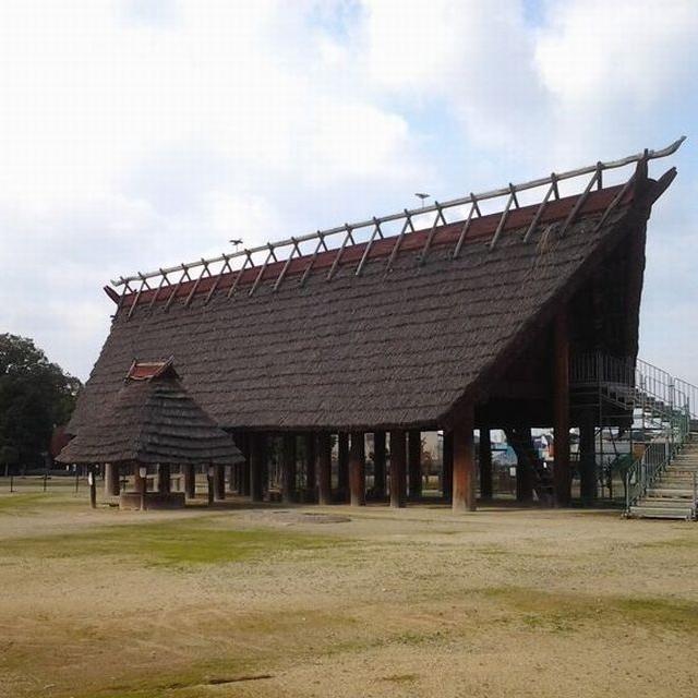 ◆池上曽根史跡公園(ホテルより車で約20分)