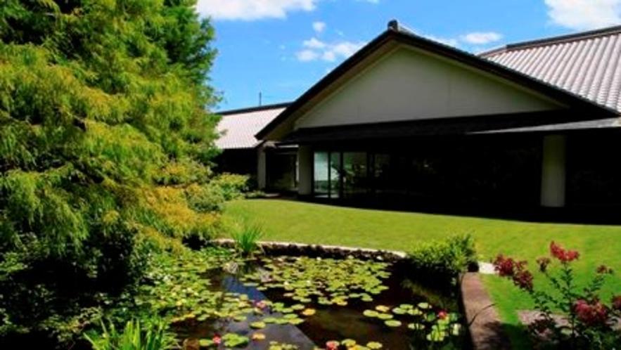 ◆和泉市久保惣記念美術館(ホテルより車で約10分)