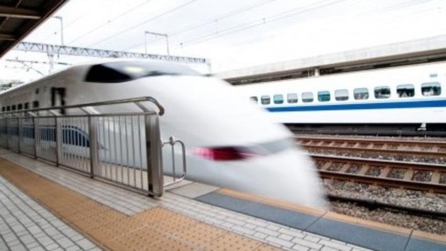 【アクセス】新幹線・新大阪駅より和泉中央駅まで電車約60分