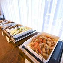 *【朝食一例】自慢の朝食ブッフェ。お好きなものをお好きなだけお召し上がりください。