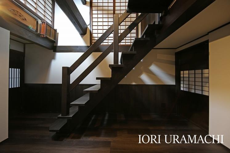 IORI URAMACHI 階段