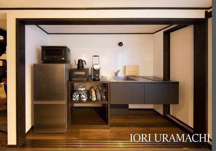 IORI URAMACHI キッチン