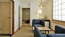 【和洋室10畳】(前室・バス・トイレ付)ご家族やご友人同士などに当館で一番広いタイプのお部屋です。