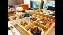 【朝食】一汁三菜の昔ながらの和食をご用意