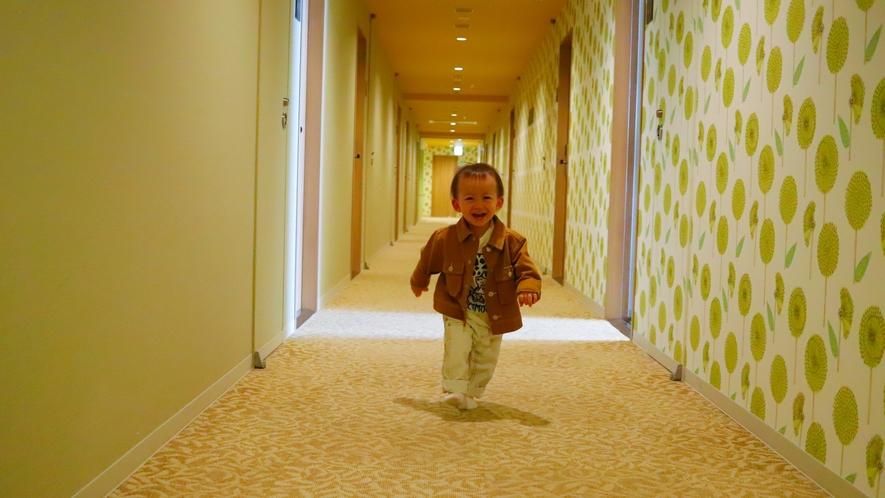 ホテルの中を探検♪