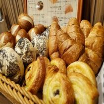 朝食バイキング:パン